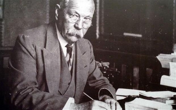 Writer ARTHUR CONAN DOYLE