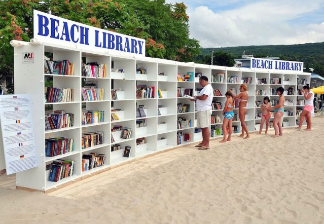 beach-library-albena